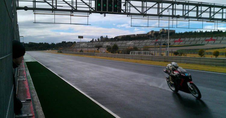 """Команда  """"SP-Moto RT """"  завершила очередной испанский  тренировочный сбор на трассе Валенсии"""