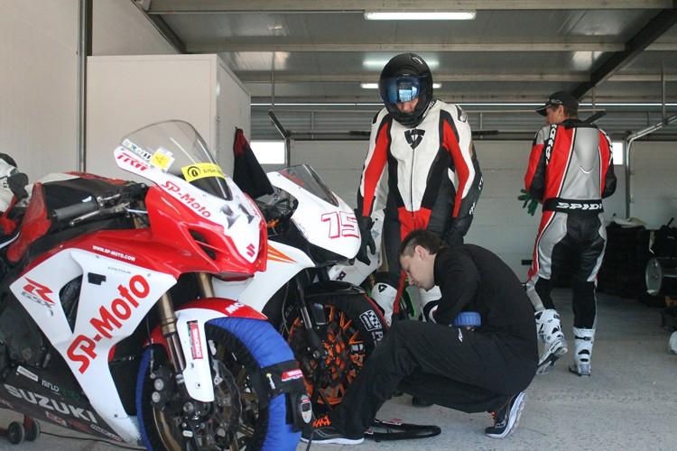 Очередной этап тренировочных сборов  в Испании завершен. (Видео) Команда  SP-Moto Racing Team завершает очередной тренировочный сбор в Испании на гоночном треке  Circuito de Almeria, Альмерия.